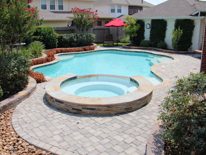 Contemporary Swimming Pools 13